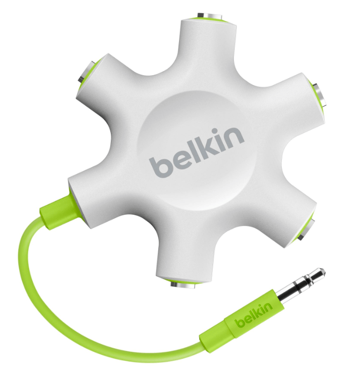 things to love – the iStand and the belkin splitter