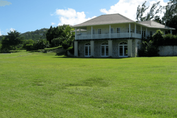 spa a the cotton house mustique