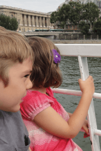 paris seine boat cruise with babies, toddlers and kids