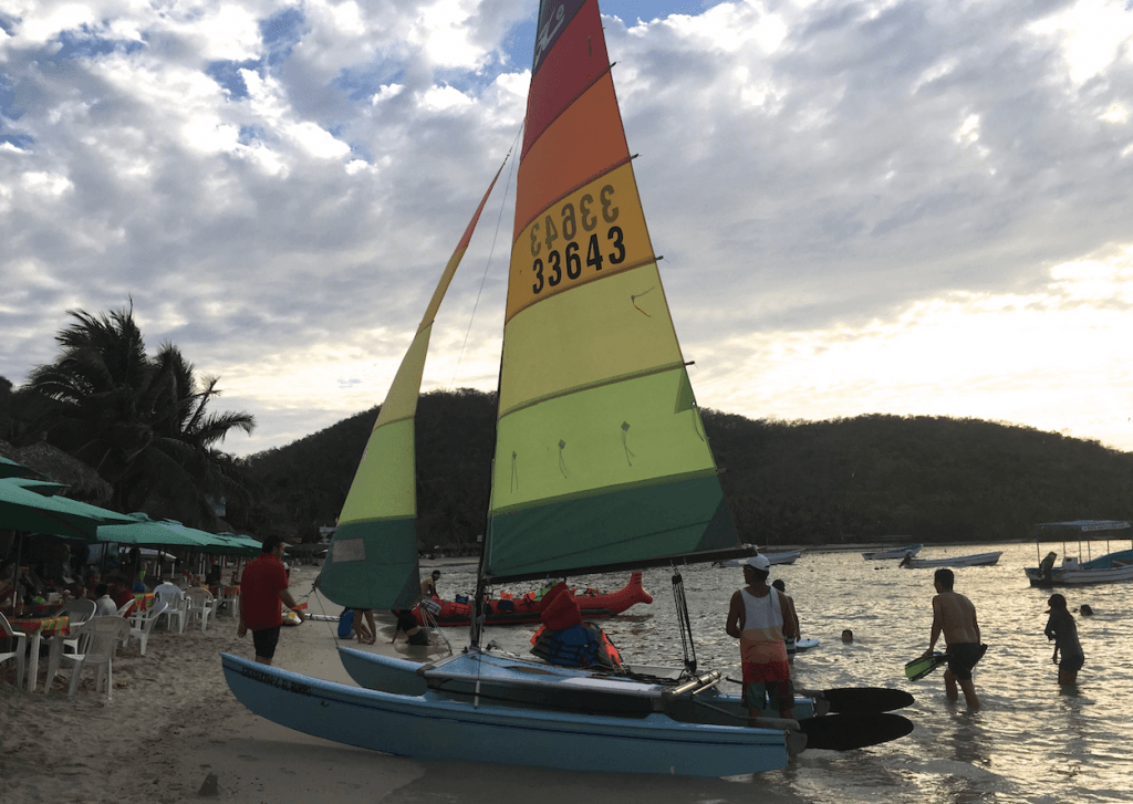 Playa La Ropa with Toddlers and Kids