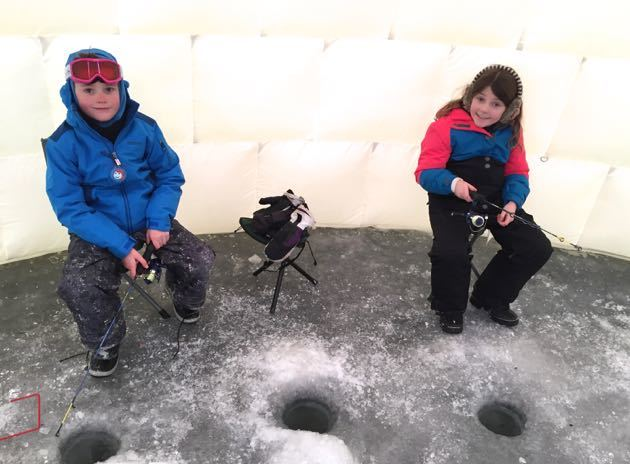 Ice Fishing Village Nordik