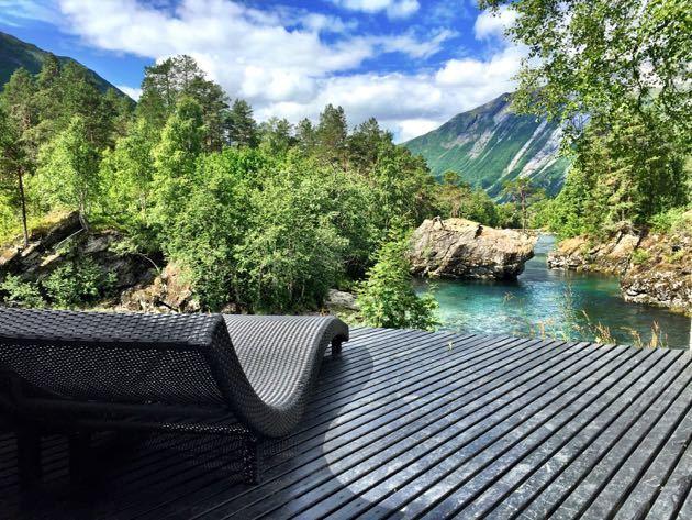 Juvet Landscape Hotel Spa - The Juvet Landscape Hotel, Norway - Pint Size Pilot