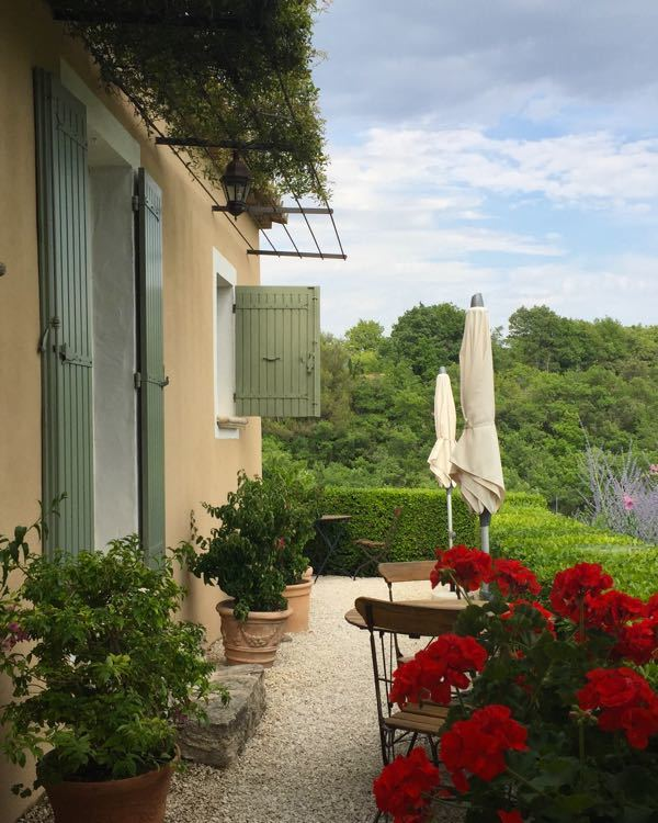 Family-Friendly Provence Boutique Hotel – Lou Baou