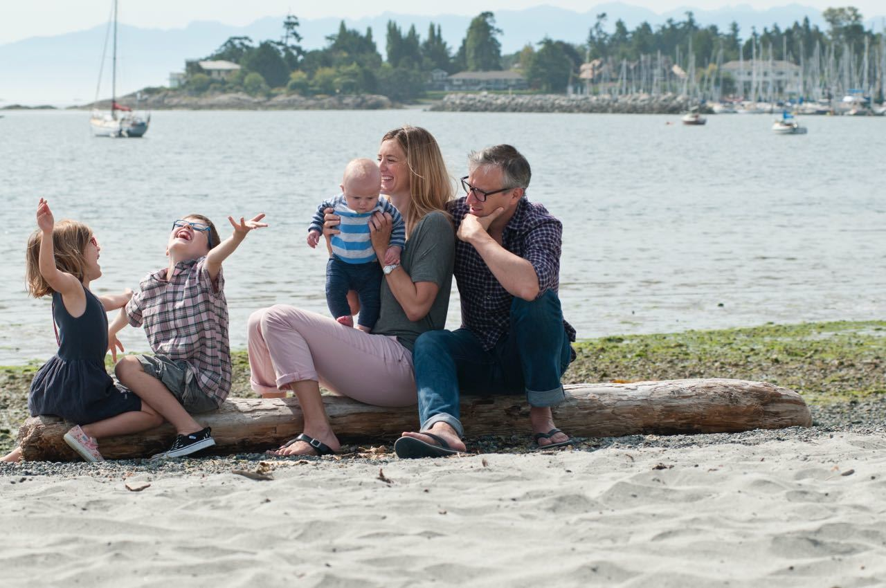 Katja, Nick, Alfie, Tess and Sam enjoy a holiday at the beach in Victoria, BC Canada