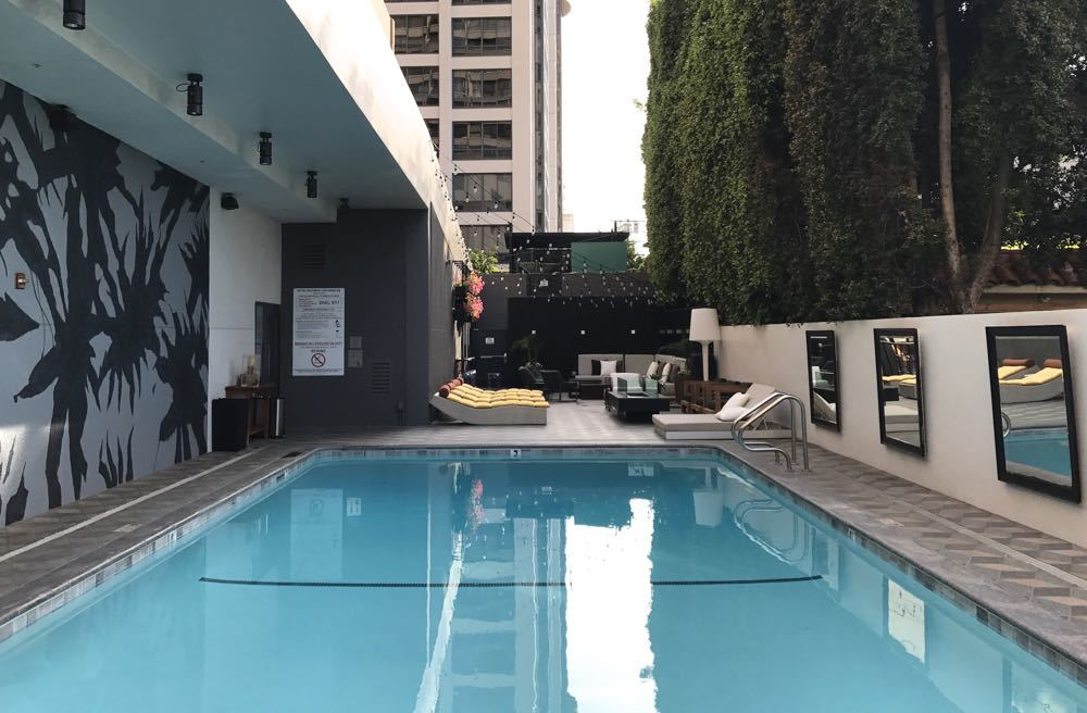 Boutique Hotel with Pool in LA